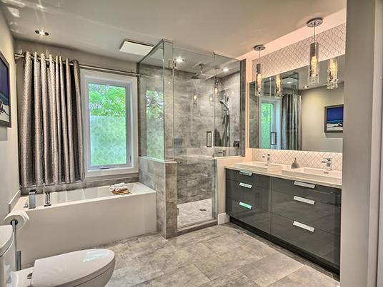 Salle de bain chrome
